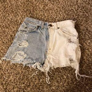 Vintage orange tab Petros LEVIS jeans shorts 26